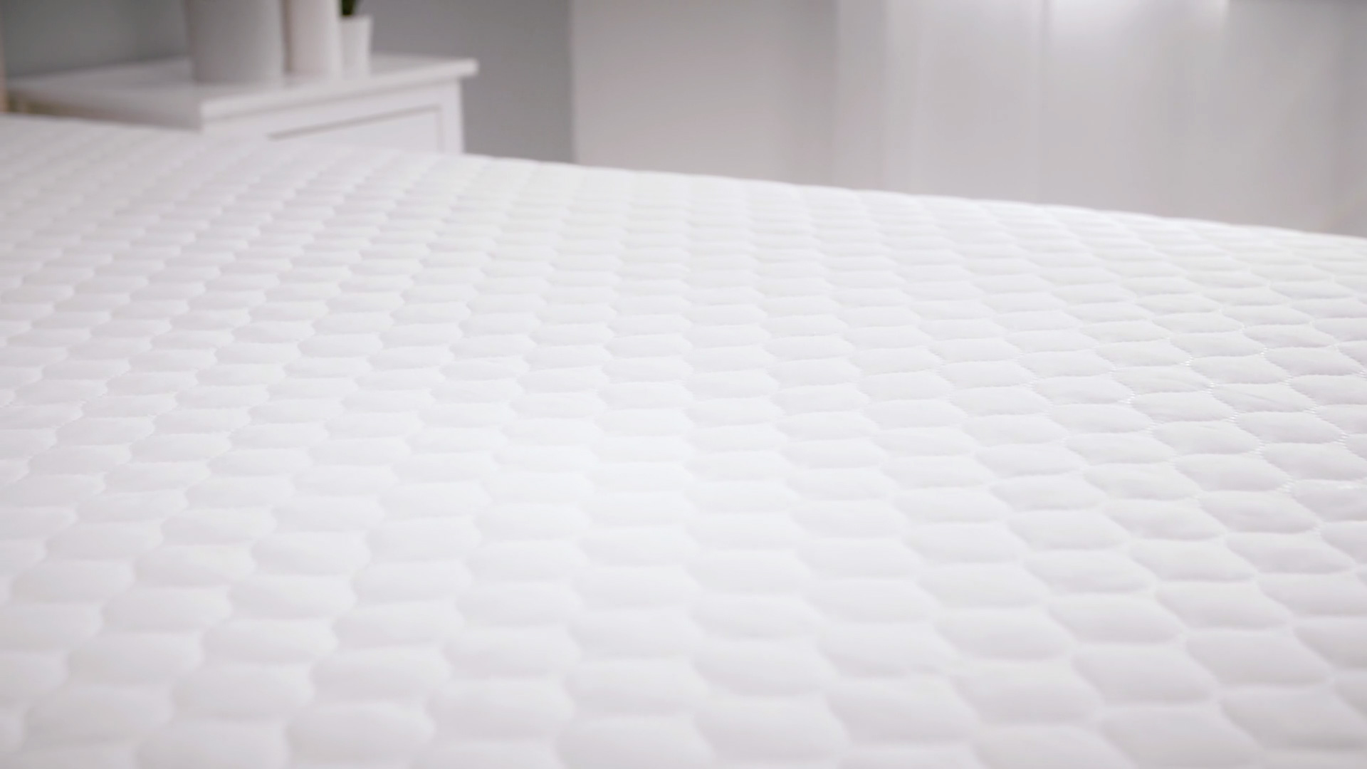 Slumberdown Clean Guard Mattress Protector King White Home Kitchen Cot Bedding